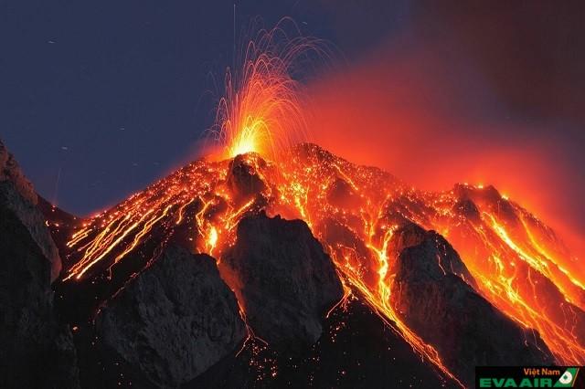 Núi lửa hoạt động rất đang xem, nhưng cần tránh xa để không gặp nguy hiểm