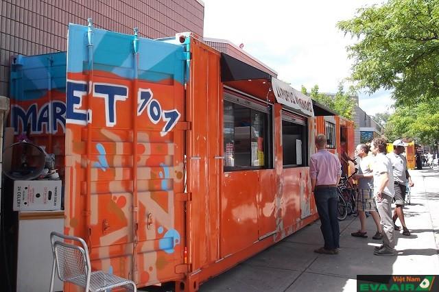 Market 707 là một nơi thích hợp để thưởng thức ẩm thực Canada ở Toronto