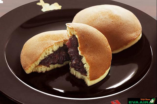 Chiếc bánh rán nổi tiếng thường xuất hiện trong bộ phim hoạt hình Doraemon