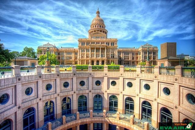 Tòa nhà Capitol Texas là điểm đến khó bỏ qua ở Austin