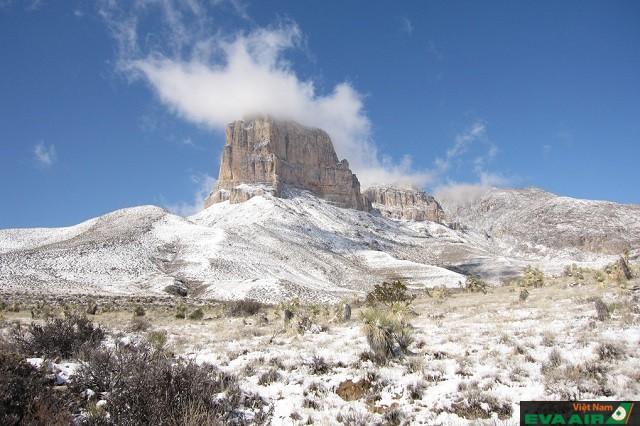 Tới El Capitan bạn sẽ được ngắm tuyết giữa sa mạc đấy