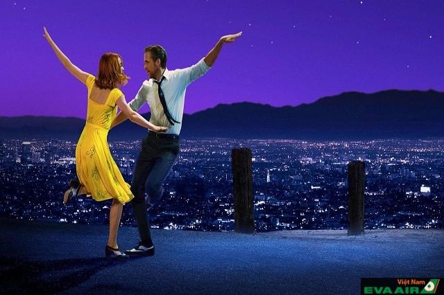 Griffith Park từng xuất hiện trong phim La La Land dưới ánh hoàng hôn