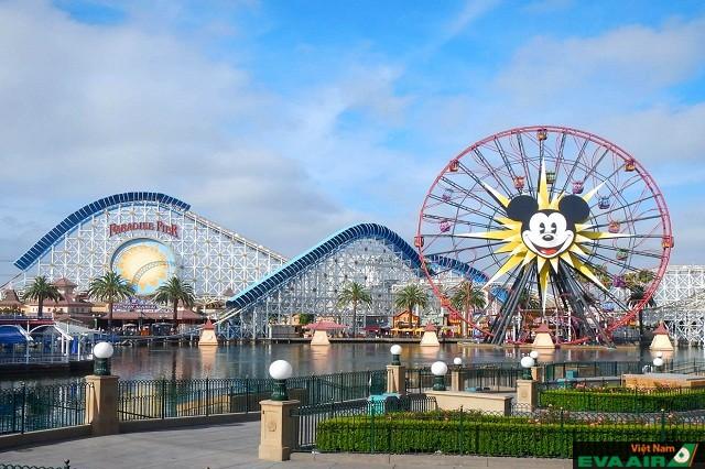 Công viên giải trí Disneyland - một điểm đến đáng mơ ước của mọi du khách