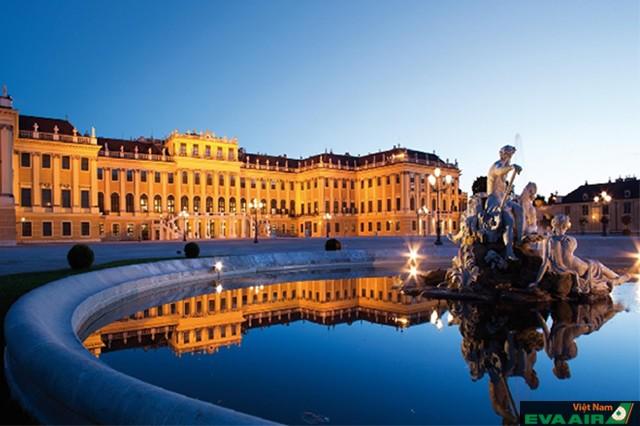 Schönbrunn Palace - cung điện mùa hè của Vienna