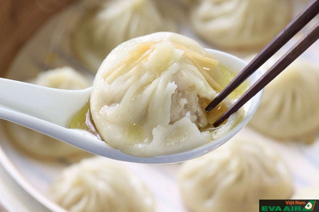 Bánh bao Xiao Long với nước súp đặc biệt là món ăn nên thử khi đến Đài Bắc