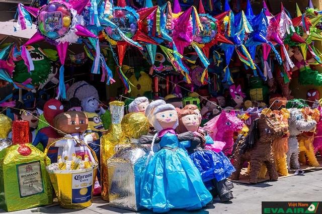 Pinata có rất nhiều thú vui đầy màu sắc để bạn đến khám phá