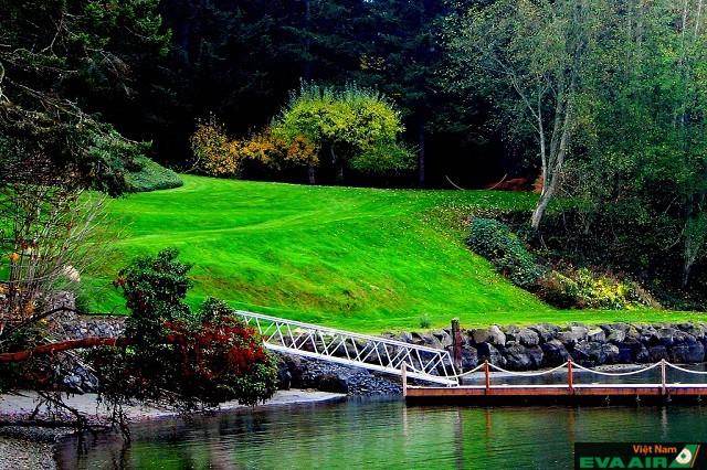 Đến Bainbridge, du khách sẽ tận hưởng được sự bình yên, bình dị nhất của hòn đảo