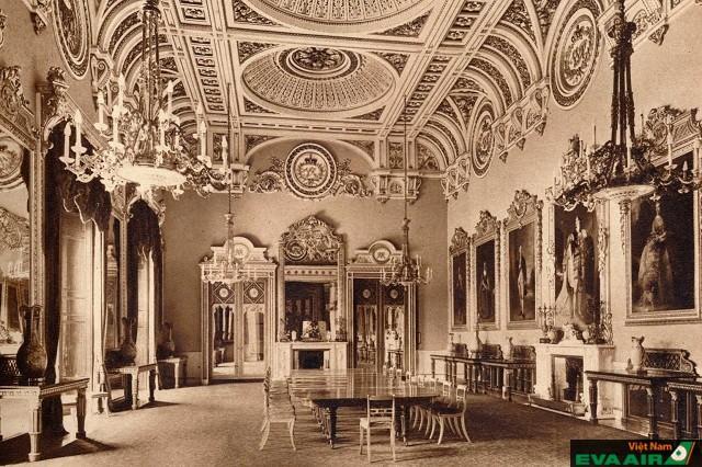 Mục đích xây dựng cung điện là để làm nhà nghỉ dưỡng của Công tước Sheffield