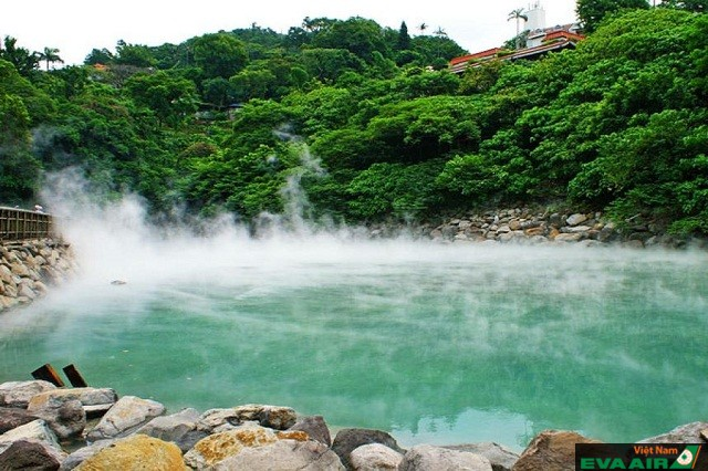 Xinbeitou là một trong những dòng suối nước nóng nổi tiếng nhất Đài loan
