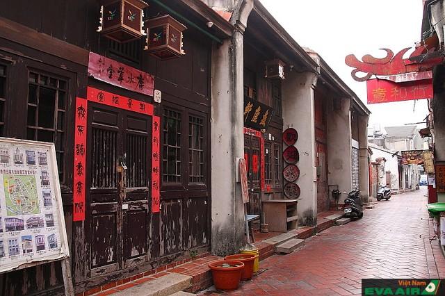 Lukang có hình ống độc đáo theo phong cách truyền thống đặc trưng của xứ Đài