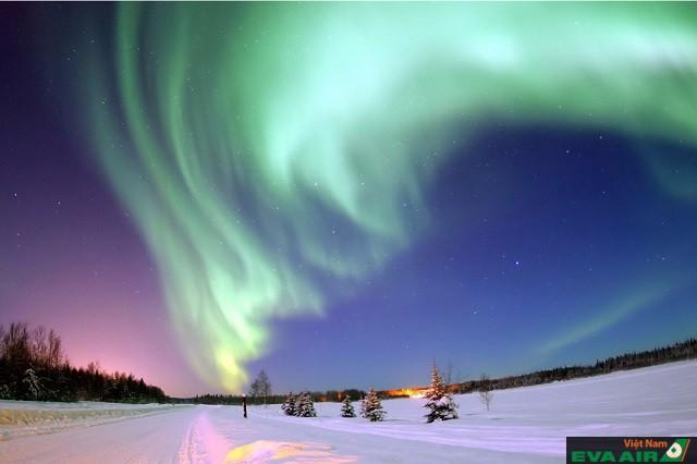 Bắc cực quang ở Alaska là cảnh tượng kì vĩ đáng để chiêm ngưỡng
