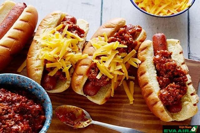 Hot dog là một trong những món ăn phổ biến nhất ở Vienna